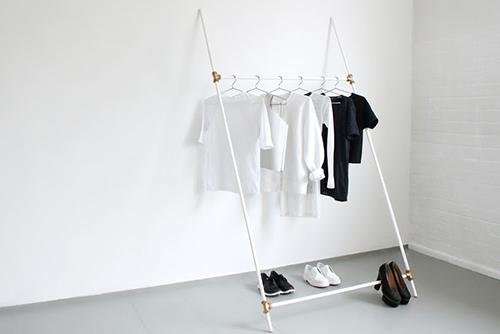 The Minimalist x love aesthetics diy leaning rack 05