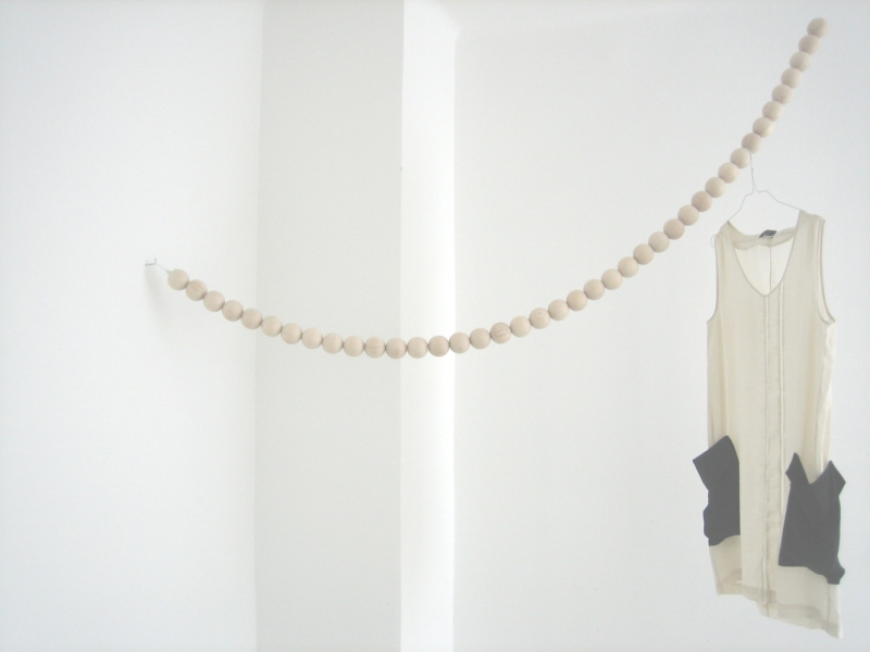 The Minimalist Home x Design fürs Heim x Snake beaded garland